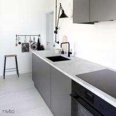 Musta Keittiöhana - Nivito 5-RH-320