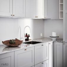 Valkoinen keittiö vesihana hana